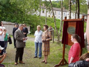 The Chairman of the Council welcoming Princess Anne to the Cydcoed Project